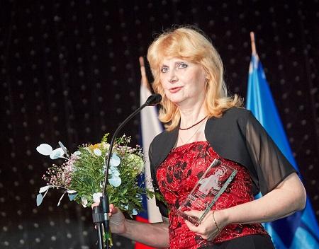 JUDr. Irena Holcová