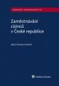 Zaměstnávání cizinců v České republice (Balíček - Tištěná kniha + E-kniha Smarteca + soubory ke stažení)